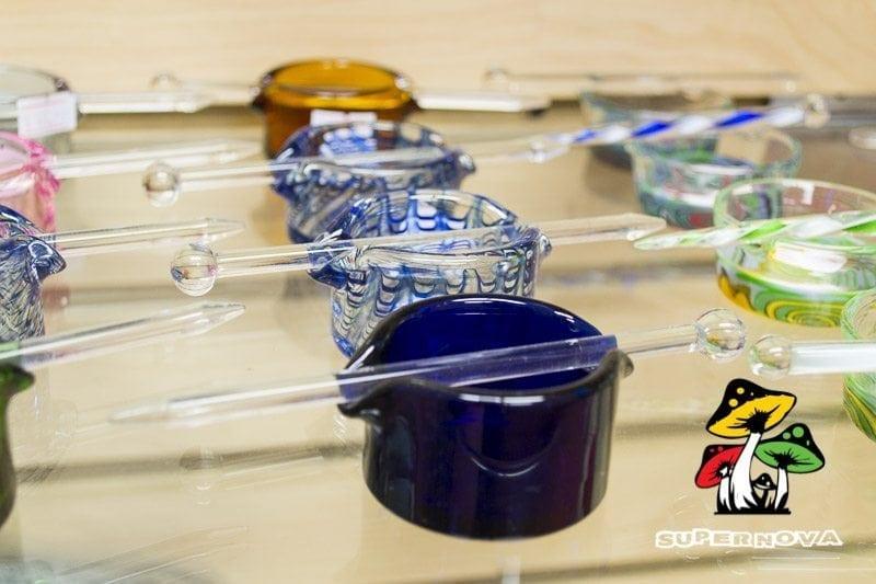 Dabbing Dish with Glass Poker