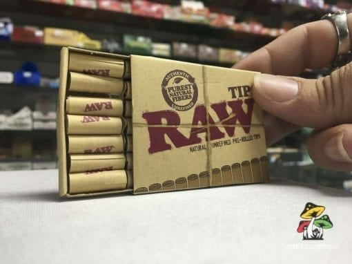 Photo of a pack of Raw Pre-Rolled Tips (21 count)